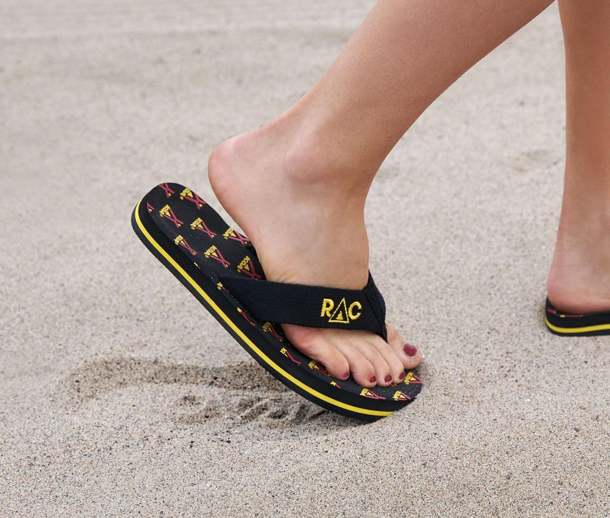 Bali Surf Style Flip Flops Neet Feet